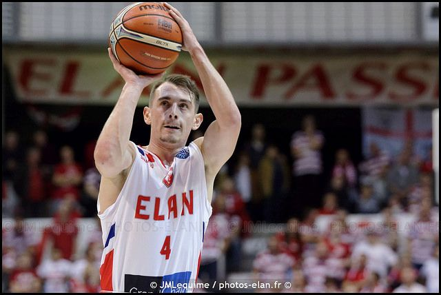 PROFESSIONAL SHOOTING GUARD Reveals How YOU Can Become An ELITE-LEVEL PURE SHOOTER - basketball #basketball