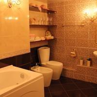 VIP Дерибасс квартира · Фотографии недвижимости  http://www.booking.com/hotel/ua/vip-deribas-apartment.html