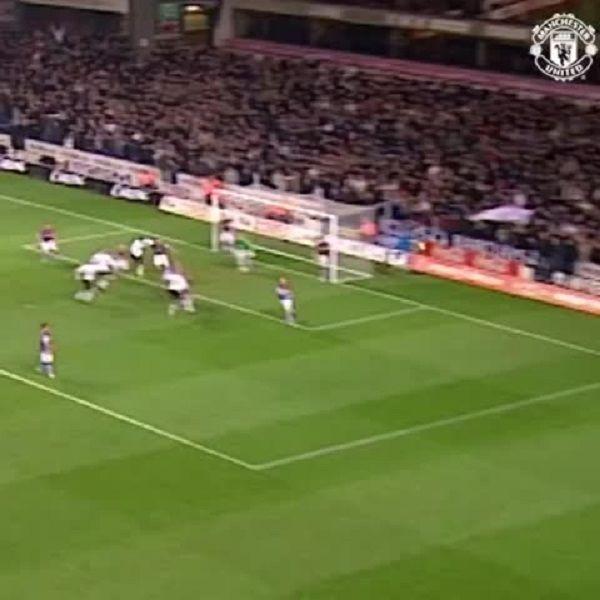 Takie gole strzelał Paul Scholes w swojej bogatej karierze • Piękny gol byłego piłkarza Man Utd w meczu z Aston Villa • Zobacz >> #manchesterunited #manutd #football #soccer #sports #pilkanozna