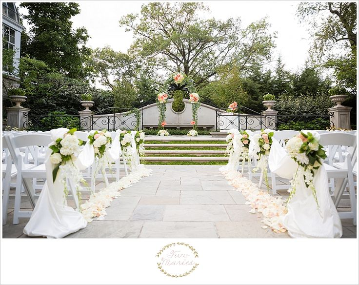 Franklin Park Conservatory   Brides Garden   Two Maries Fine Art Wedding Photography. www.twomaries.com