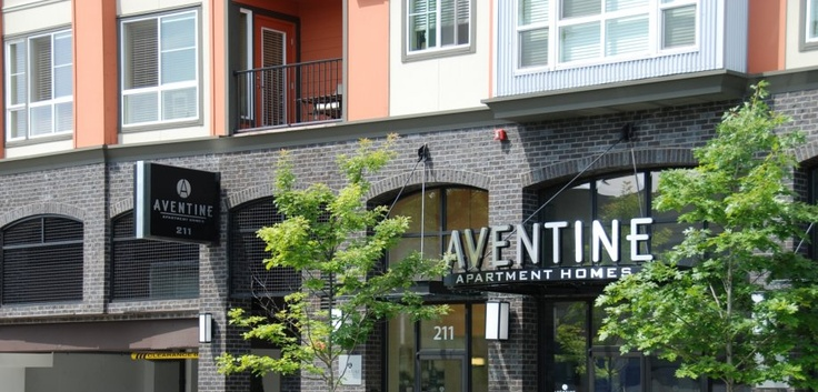 Aventine In Bellevue Wa Studio 1 And 2 Bedroom Apartments House Styles Apartment 2 Bedroom Apartment