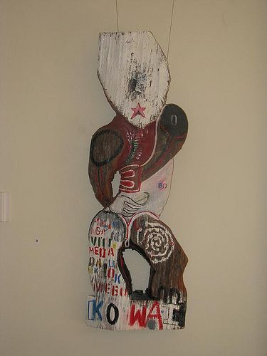 Margaret Aull's work by Colour Me Fiji, via Flickr  (te Rarawa, tuwharetoa links)