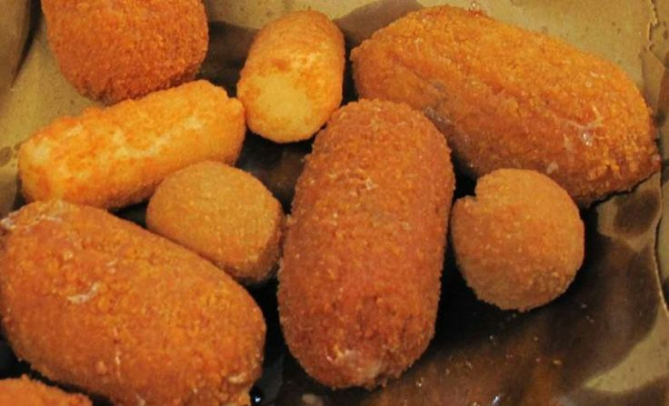 STREET FOOD: is something you can't miss in Rome!  Click here -> http://www.turismoroma.it/cosa-fare/lo-street-food?lang=en