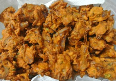 Kambu (Pearl Millet) Pakoda A variation of the popular Onion Pakoda, this is made with Pearl Millet flour.