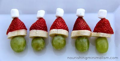 These grinch-kabobs are cute, and they are super easy to make! #QVCholiday