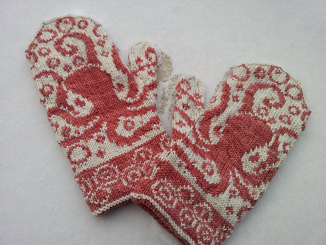 Octopus Mittens by Emily Peters