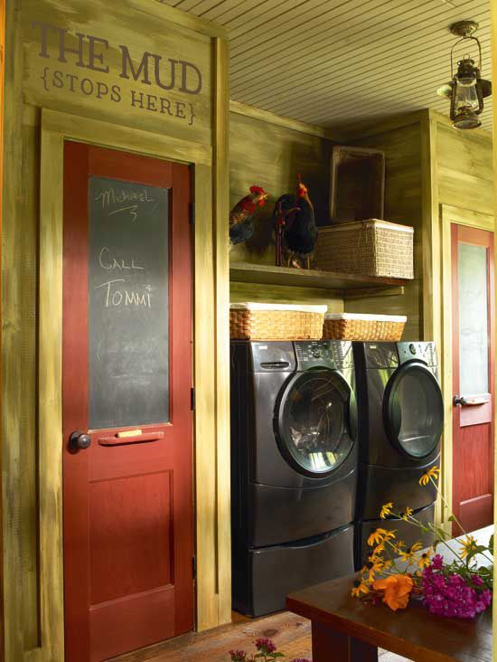 love the warm colors in this laundry room.: Red Doors, The Doors, Mudroom, Color, Mud Rooms, Chalk Boards, Laundry Rooms, Exterior Doors, Chalkboards Doors