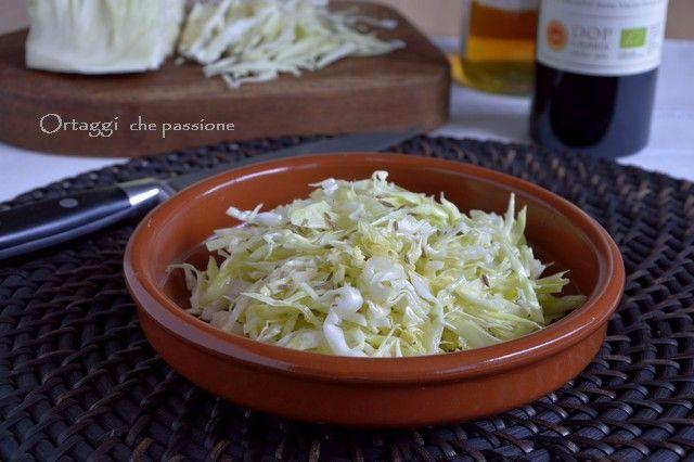 Insalata di cavolo cappuccio, ricette con cumino -   Cabbage salad with cumin - Tyrolean recipe