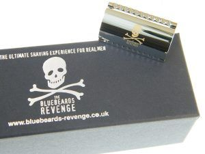 Top 5 Best Safety Razors Under $100. Bluebeards Revenge Scimitar Safety Razor. Ar, matey! One of the best safety razors in the land, what more could a pirate want? This razor comes complete with a skull and crossbones engraved onto it.