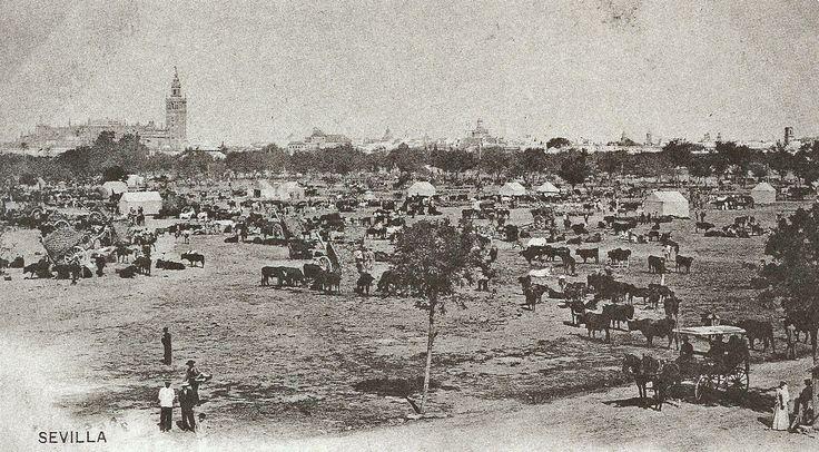 Vista de la antigua feria de ganado en el Prado San Sebastián, en el año 1895.