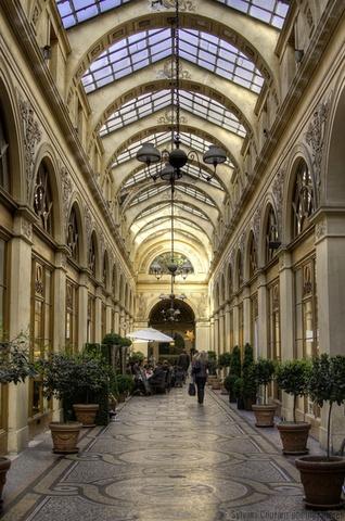 Galerie Vivienne. Photos of Paris. #photos #paris