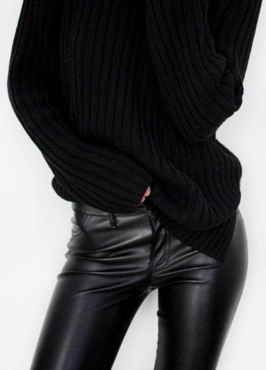 pinterest: @leahzoeofficial | leahzoe.com |  #fashioninspo #leather #blackonblack