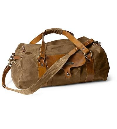Every guy needs a good weekend bag. This is one of them.