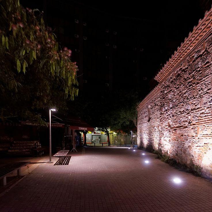 Το Γιαχουντί Χαμάμ από την πλευρά της Βασ. Ηρακλείου