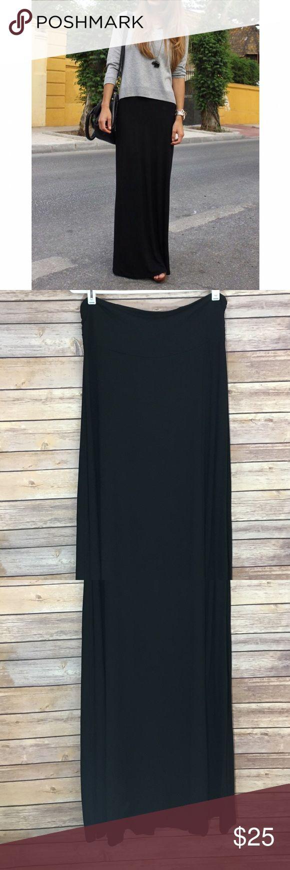 """NWT Bobeau Jersey Knit Skirt NWT Bobeau Jersey Knit Skirt. Length 43""""/ waist laying flat without the Stretch 18"""" bobeau Skirts Maxi"""