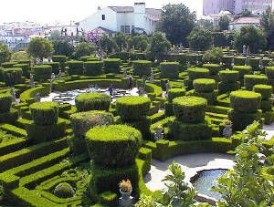 Pt-ctb-jardimpaco - Category:Topiary - Wikimedia Commons