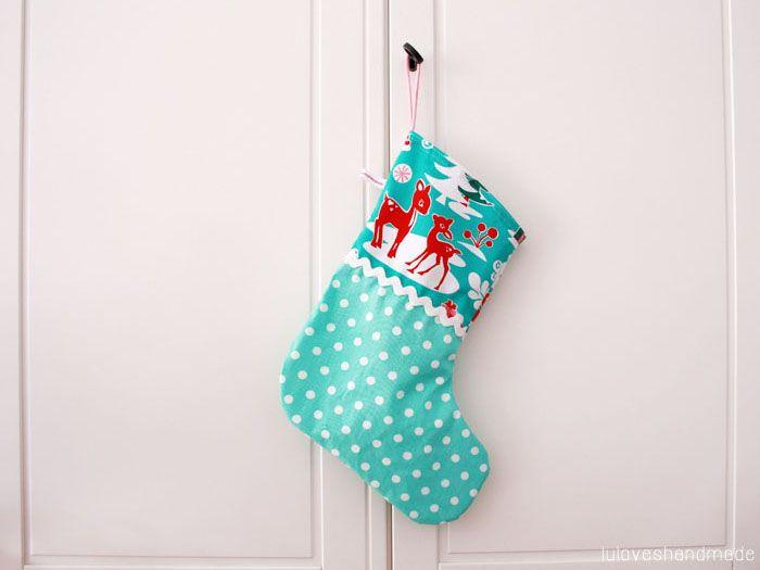 Kostenlose Nähanleitung: Weihnachtsstrumpf / diy sewing instruction: christmas stocking, own design via DaWanda.com