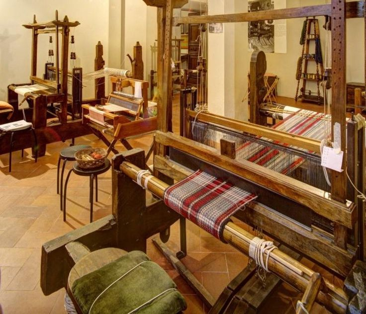 Il laboratorio di tessitura di Palazzo Mansi (Lucca)