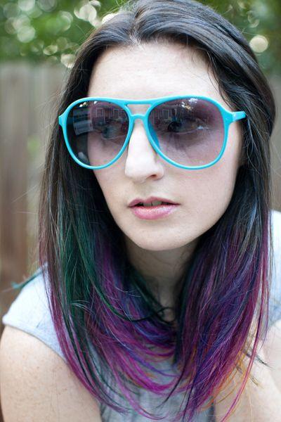LOVE.  rainbow ombre hair!