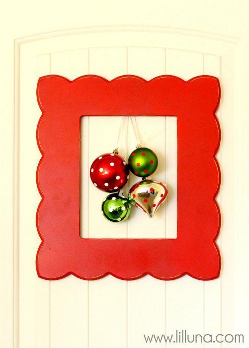 Framed Christmas Door Wreath - Cute and simple. { lilluna.com }