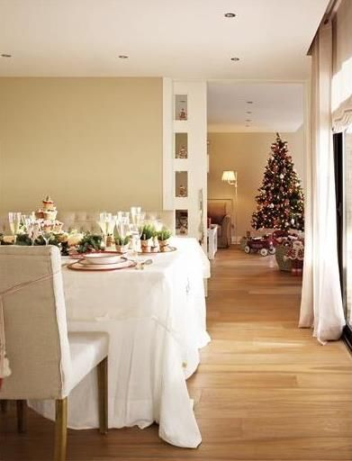 Inturage Classic Christmas Home Decoration 7
