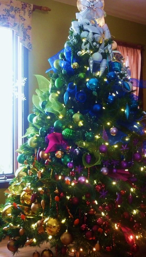 644 best christmas trees holidays images on pinterest for Christmas tree color schemes