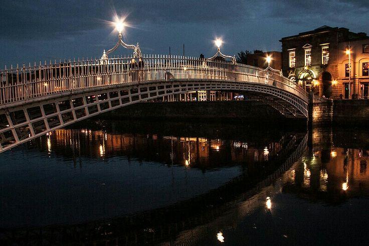 Dublin by night