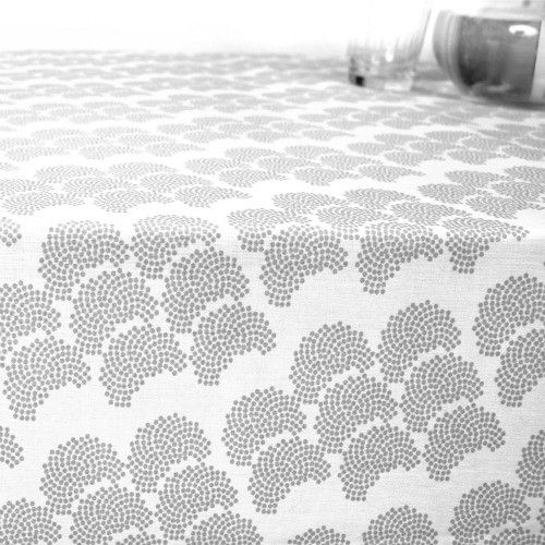 RosenbergCPH table cloth Obi Grey via Kleuroptafel.com