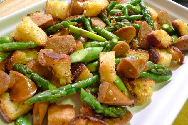 Asparagus with Chorizo and Croutons | Favorite Recipes | Pinterest