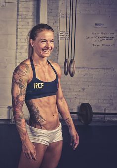 With abs like these, CrossFit star Christmas Abbott shares exactly how she ditched belly cellulite.