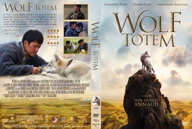 http://www.dvdfullfree.com/wolf-totem-latino-frances/ En 1967, Chen Zhen, un joven estudiante de Pekín, es enviado a vivir entre los pastores nómadas de Mongolia Interior. Chen tiene mucho que aprender sobre el modo de vida en esa tierra ilimitada y hostil, sobre la noción de comunidad, de libertad y de responsabilidad, y sobre la criatura más temida y venerada de las estepas: el lobo.