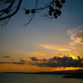 #DinaApartments #Kefalonia #Razata #Ionianislands #greece #makrisgialoskefalonia sunset at makris gialos ,argostoli, kefalonia.