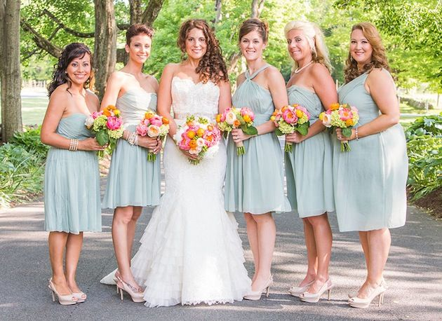 Share Tweet + 1 Mail We can't get enough of Jess and Jeff's sweet, colourful, country cottage nuptials in Litchfield Hills, Connecticut. Theseafoam, coral ...