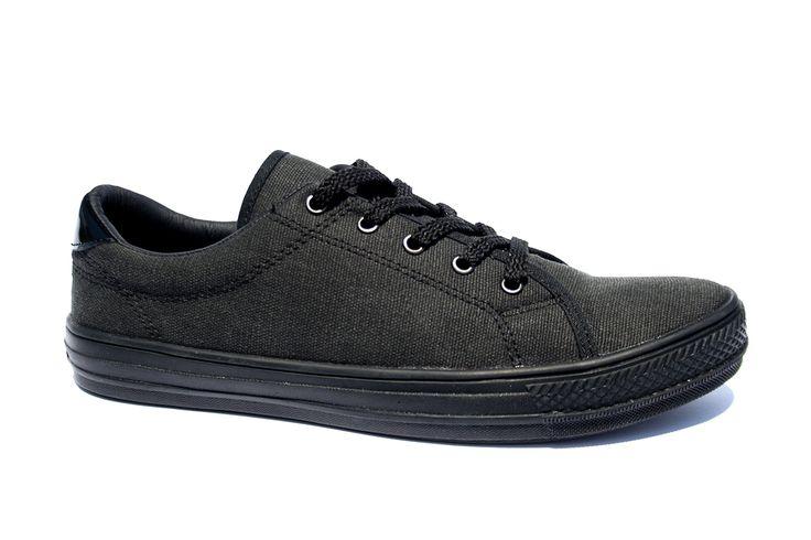 NO V19576 Black