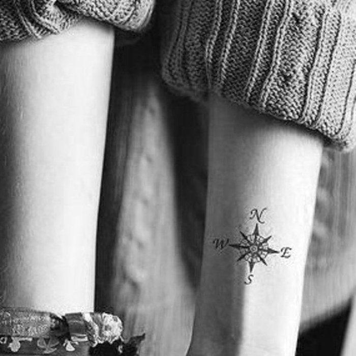 17 best ideas about tattoo boussole on pinterest tatouage rose signification encre. Black Bedroom Furniture Sets. Home Design Ideas