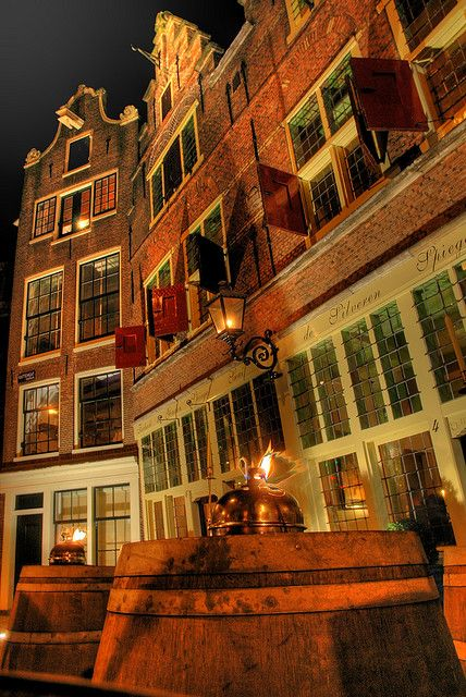 Jordaan, Amsterdam, Netherlands. Our tips for 25 things to do in the Netherlands: http://www.europealacarte.co.uk/blog/2012/02/02/what-to-do-in-the-netherlands/