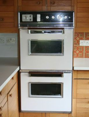 1970s Westinghouse self-cleaning oven on eBay