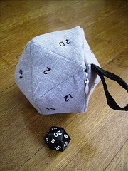 D20 dice bag - so on the to do lizt