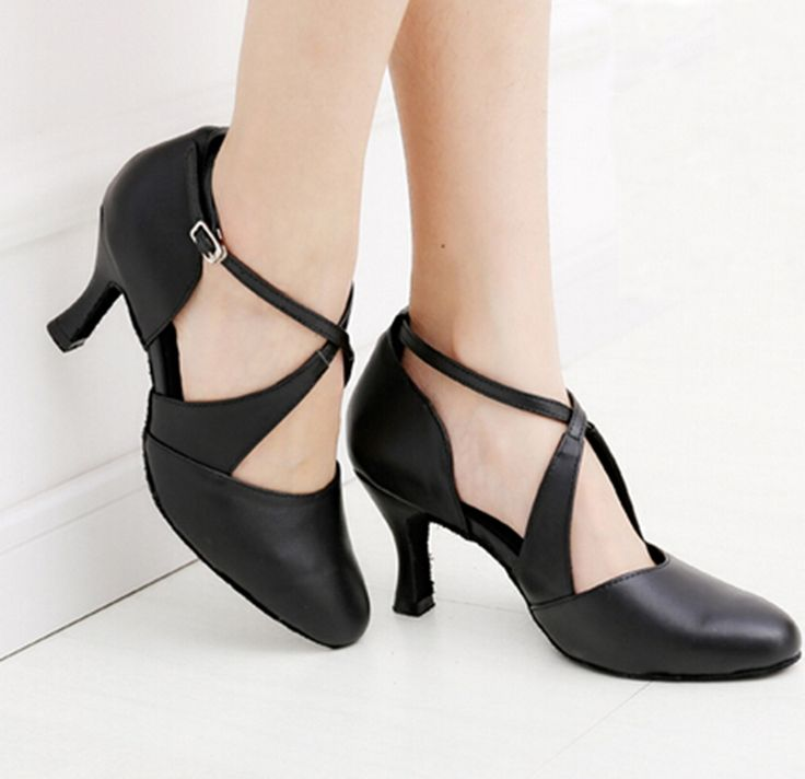 32.24$  Buy now - http://aliz0h.shopchina.info/1/go.php?t=32457289277 - Women Dance Shoes Black Genuine Leather Ballroom Shoes Dance Shoes Latin SALSA Bachata Dance Shoes 32.24$ #magazineonline