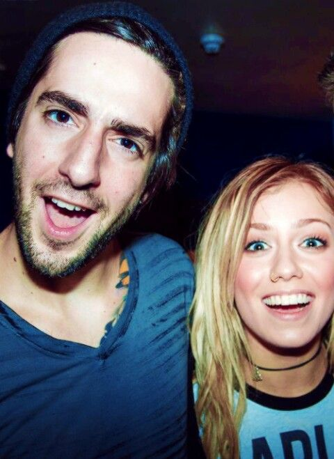 Jack Barakat of All Time Low and Jenna Mcdougall of Tonight Alive Um Whaaaat, two favs in one picture