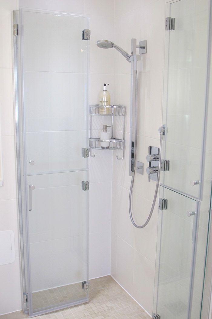 Bi Folding Shower Doors