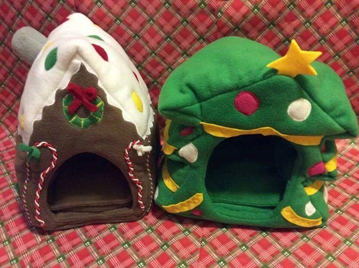 cuuuuuuuuuute guinea pig Christmas houses!