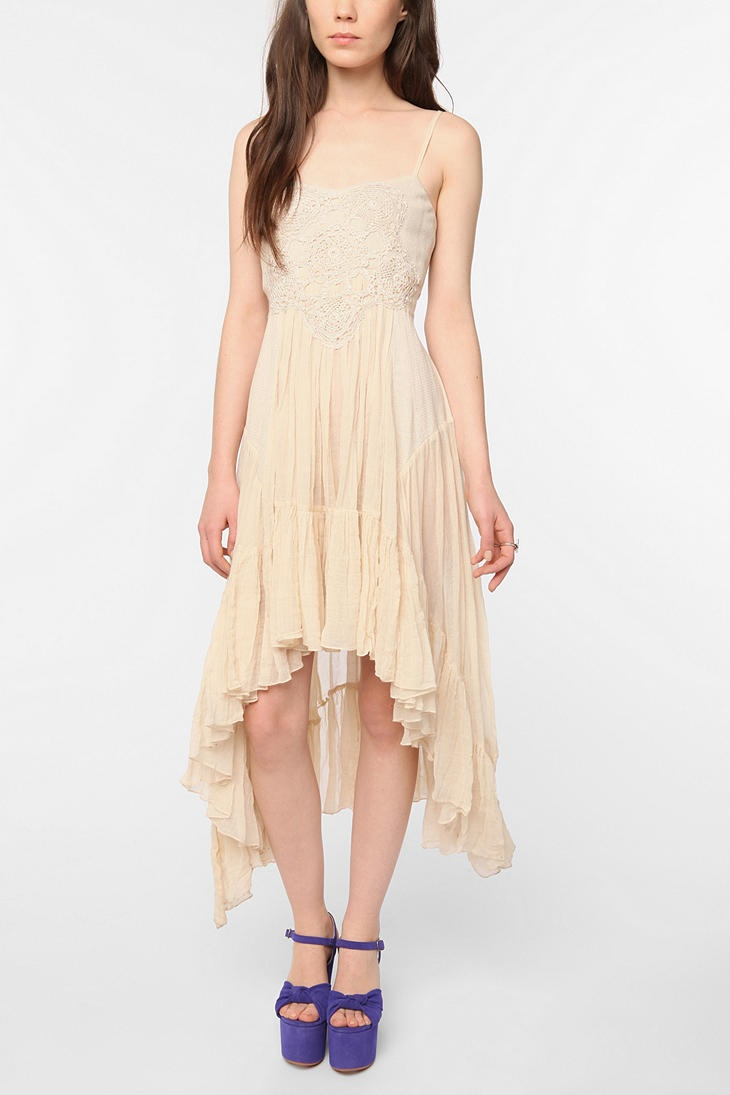 I'm a little obsessed with this. This dress and a huge floppy hat. Done, done & done.