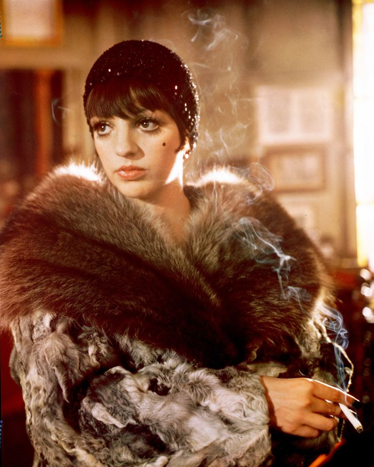 Liza Minnelli Style Evolution: From 'Cabaret' Starlet To The Reigning Queen Of Sequins (PHOTOS)