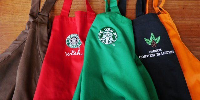 Starbucks is known for its green aprons, although there are different colored aprons used by the coffee chain to celebrate holidays and baristas' achievements.