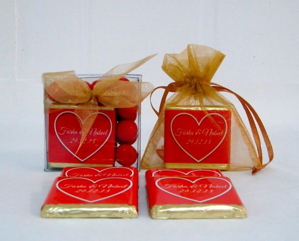 Foil wrapped chocolate thins with personalised wrapper