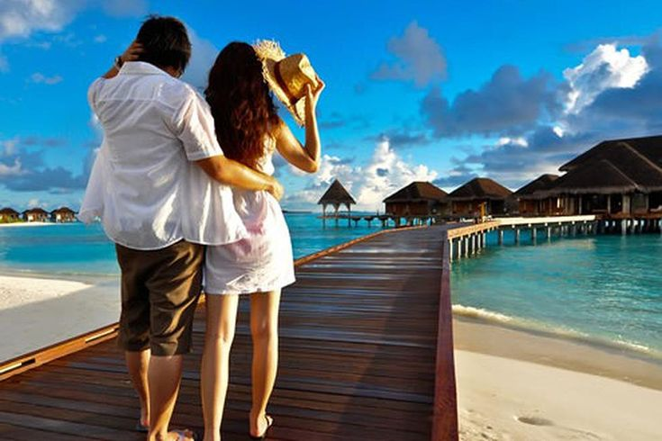 Bulan madu bagi pasangan yang baru menikah merupakan salah satu bentuk cinta yang romantis dari sebuah pernikahan. Banyak orang menjadikan bulan madu ini sebagai moment untuk menikmati pernikahan mereka  Ada banyak tempat menarik yang bisa dikunjungi. Sebagai referensi, ada…