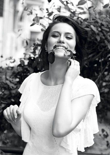 Fahriye Evcen - Elle Magazine Pictorial [Bulgaria] (July 2012)  Z**lESLIE**