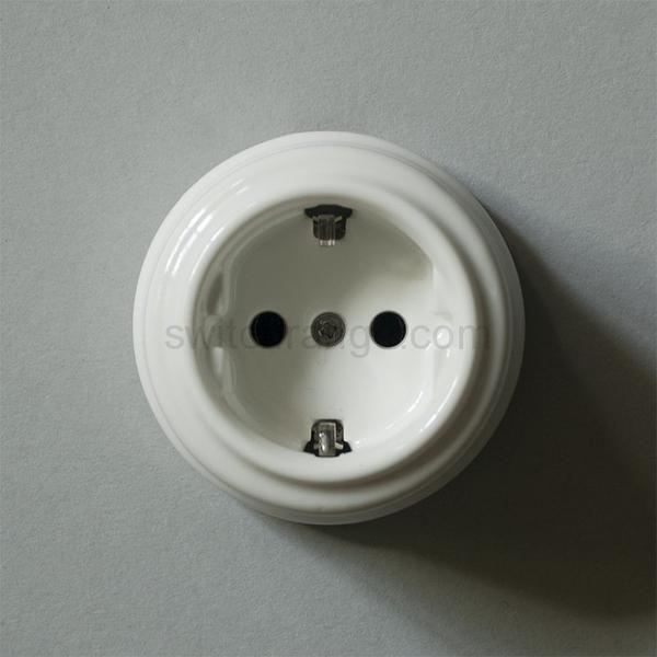 ceramic earthing socket #ceramic #glazed #porcelain #socket #wall