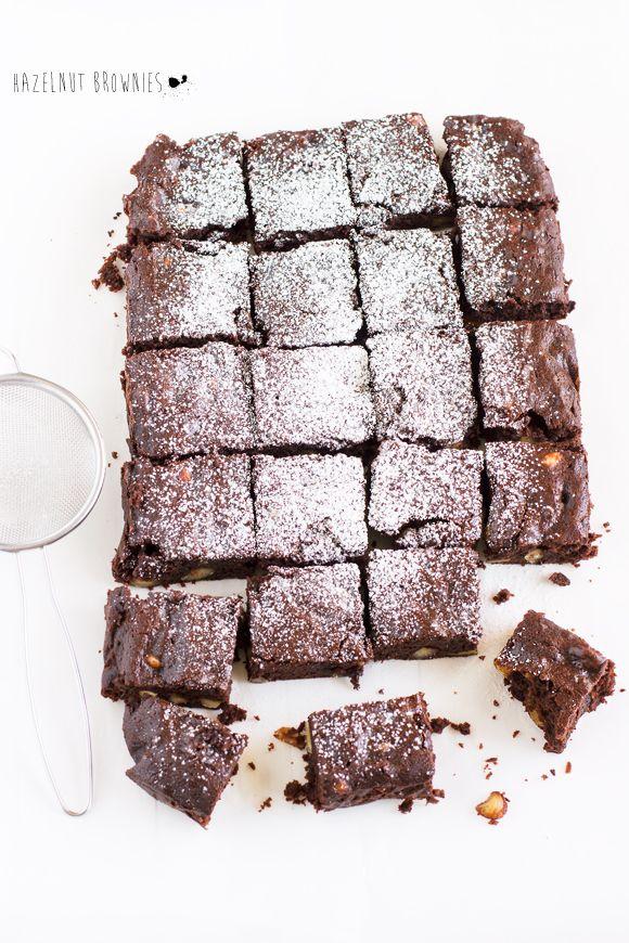 Brownies al doppio cioccolato e nocciole